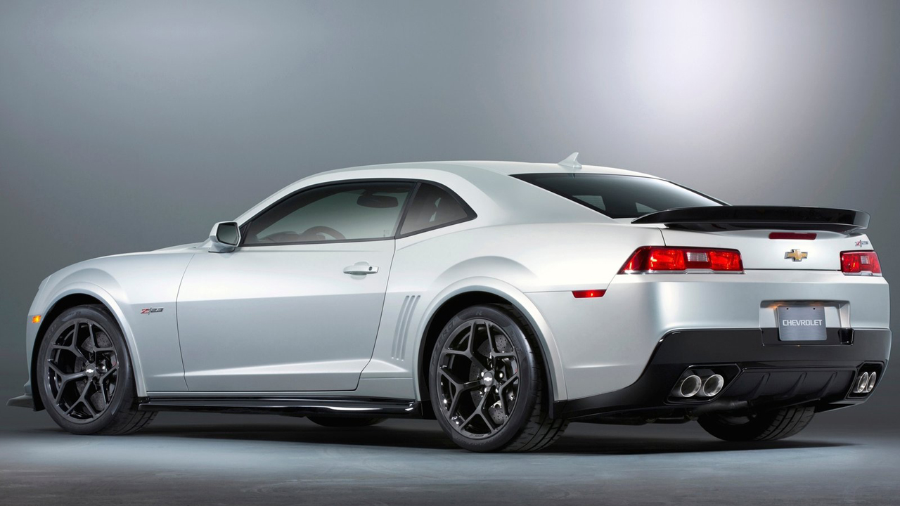 is the 2015 camaro z28 faster than the 2015 camaro zl1. Black Bedroom Furniture Sets. Home Design Ideas