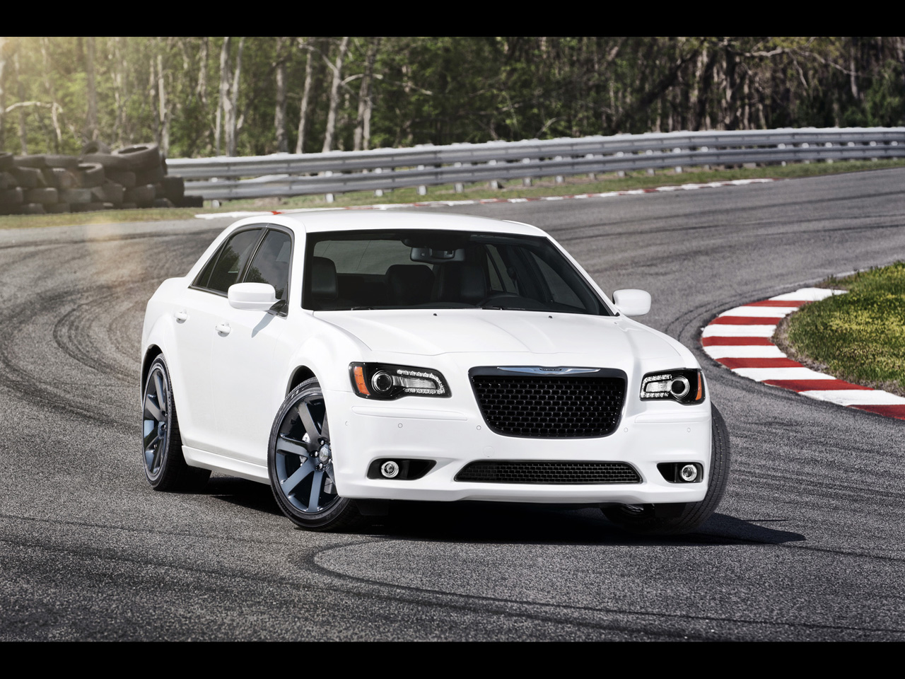2012 chrysler 300 srt8 pictures specifications and. Black Bedroom Furniture Sets. Home Design Ideas