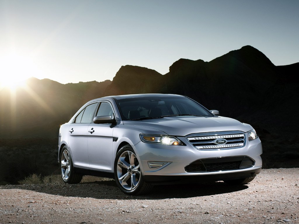 2010 ford taurus sho pictures specifications and information. Black Bedroom Furniture Sets. Home Design Ideas