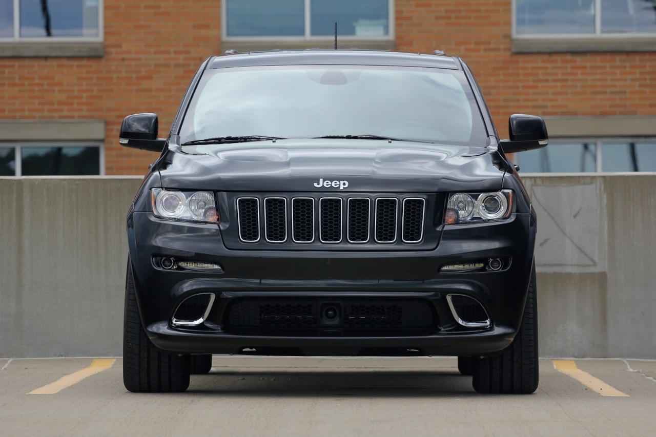 2012 jeep grand cherokee srt8 pictures specifications and information. Black Bedroom Furniture Sets. Home Design Ideas