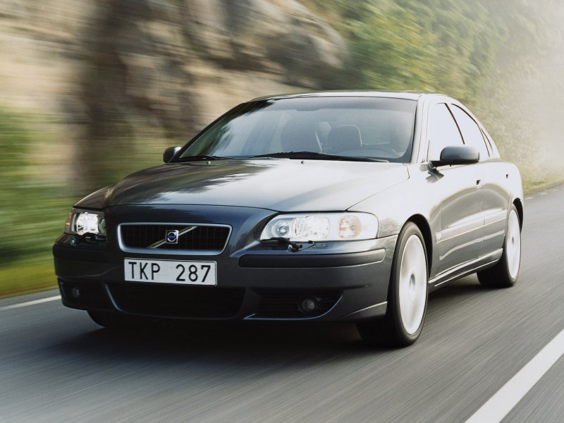 2004 volvo s60 r pictures specifications and information. Black Bedroom Furniture Sets. Home Design Ideas